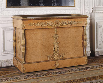 jean jacques werner commode achete par charles x en 1827 pour le trianon chteau de versailles