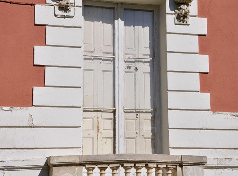 Architecture int rieure fen tres et volets for Volet interieur ancien