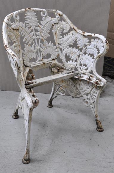 rare salon de jardin ancien en fonte de fer mod le foug res mobilier. Black Bedroom Furniture Sets. Home Design Ideas