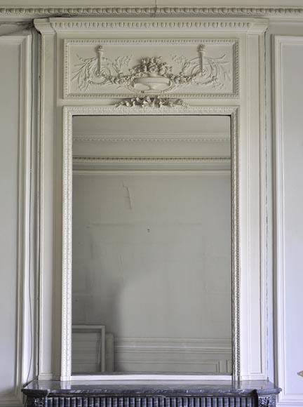 Grand trumeau ancien de style louis xvi avec glace au for Fabrication de miroir