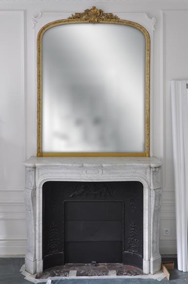 trumeau dor ancien de style louis xv et son encadrement blanc glaces miroirs et trumeaux. Black Bedroom Furniture Sets. Home Design Ideas