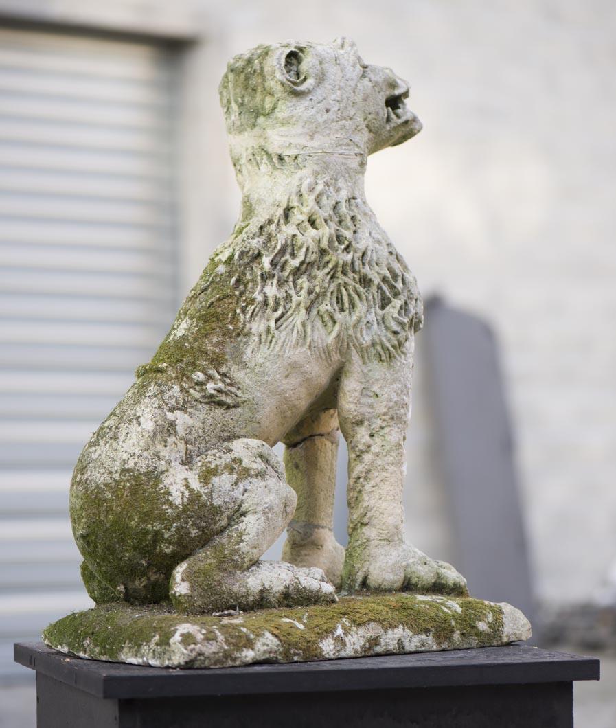 Lion statue ancienne de jardin en pierre du xvii si cle for Statue de jardin belgique