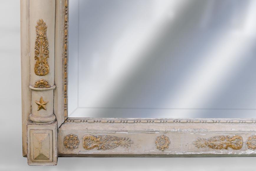 Trumeau ancien de style restauration d cor d 39 insectes et for Restauration miroir ancien