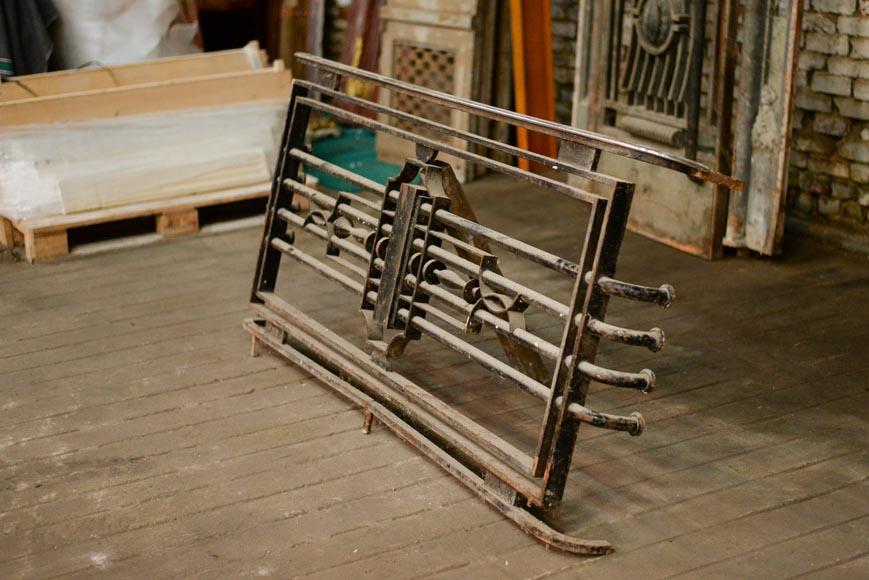 poillerat gilbert paire de portes et garde corps art d co en fer forg et bronze 1936 portes. Black Bedroom Furniture Sets. Home Design Ideas