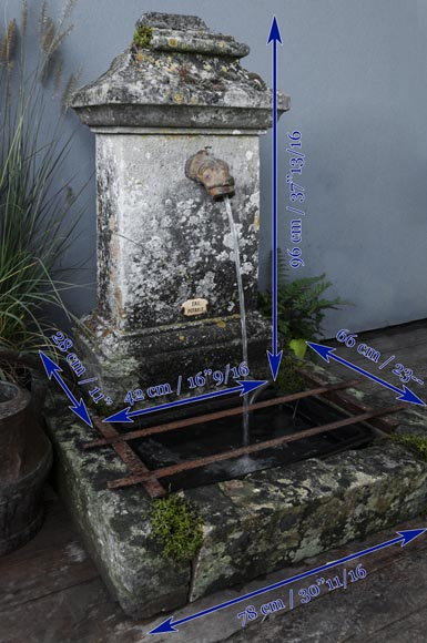 Fontaine borne de jardin en pierre - Fontaines, bassins et puits