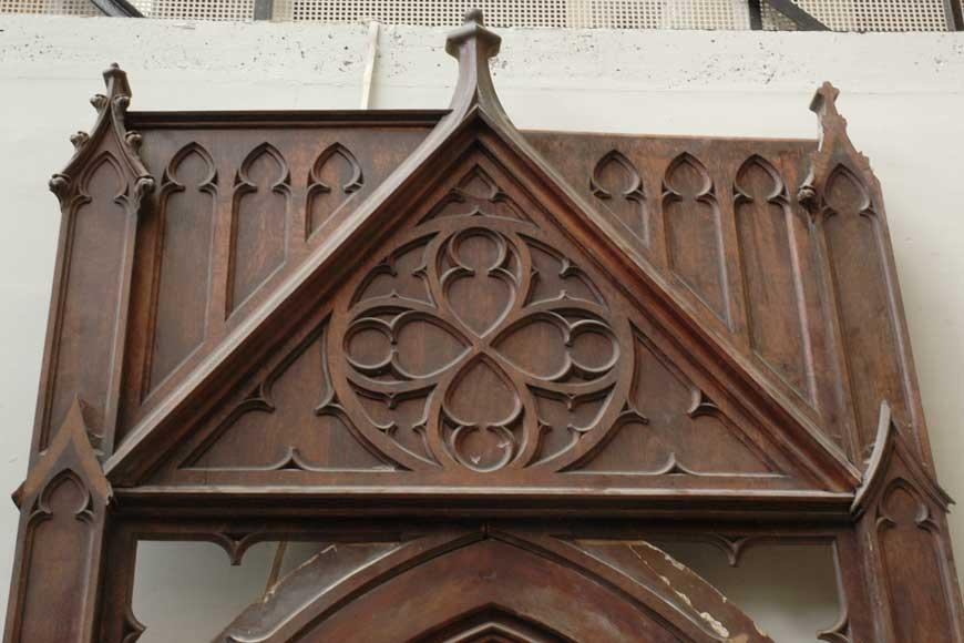 Porte n o gothique en noyer et ch ne portails et grilles for Architecture neo gothique
