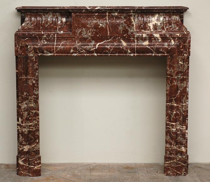 chemin e en marbre de style louis xiv acrot re marbre. Black Bedroom Furniture Sets. Home Design Ideas