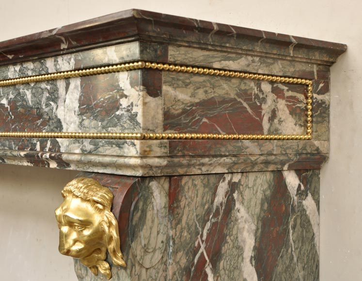 belle chemin e ancienne de style napol on iii t tes de lions en bronze dor marbre. Black Bedroom Furniture Sets. Home Design Ideas