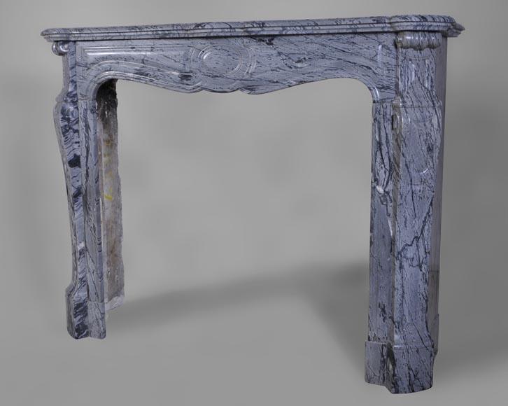 petite chemin e ancienne de type pompadour en marbre bleu fleuri marbre. Black Bedroom Furniture Sets. Home Design Ideas