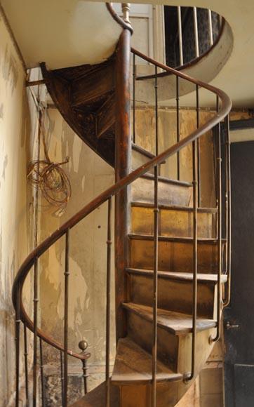 Escalier Ancien Bois - Escalierà colimaçons ancien en bois escaliers et rampes