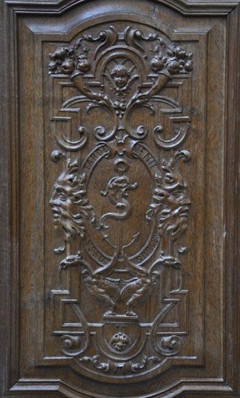 Fausse paire de portes anciennes en ch ne sculpt du xix for Decoration fausse porte
