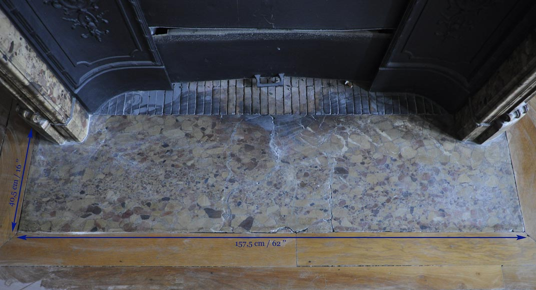 Belle chemin e ancienne d 39 poque louis xv en marbre br che for Cheminee en fonte ancienne