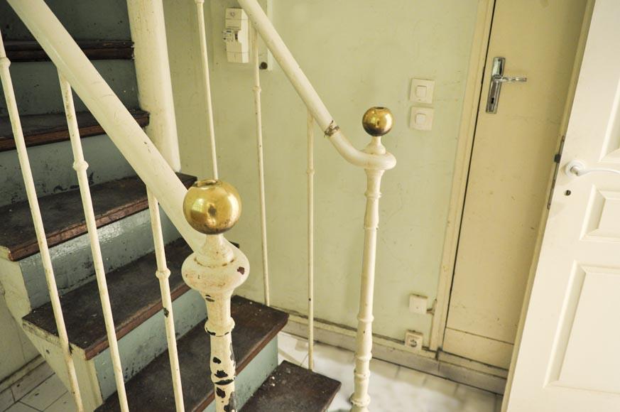 Escalier en colima on en bois et fonte escaliers et rampes - Largeur escalier colimacon ...