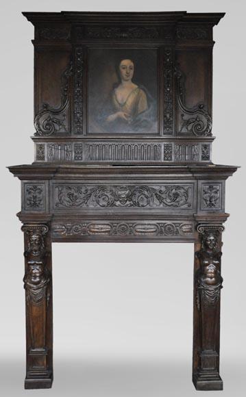 Cheminée ancienne de style néo renaissance en chêne avec un portrait de femme