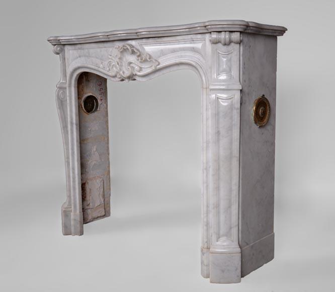 chemin e ancienne de style louis xv en marbre arabescato