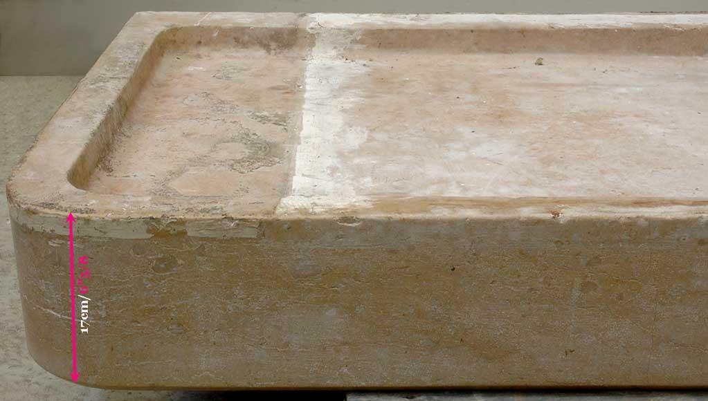 lavabo en pierre de senlis mobilier de jardin clairages. Black Bedroom Furniture Sets. Home Design Ideas