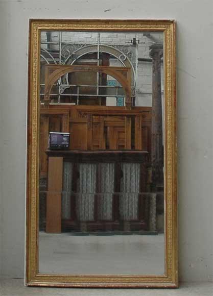 miroir n oclassique ancien glaces miroirs et trumeaux. Black Bedroom Furniture Sets. Home Design Ideas
