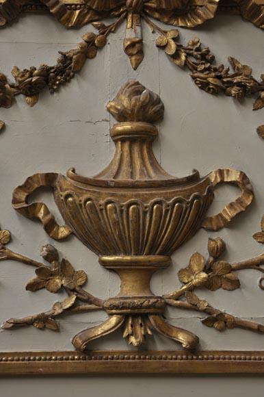 miroir ancien de style louis xvi d cor en bois sculpt du xviii si cle glaces miroirs et. Black Bedroom Furniture Sets. Home Design Ideas