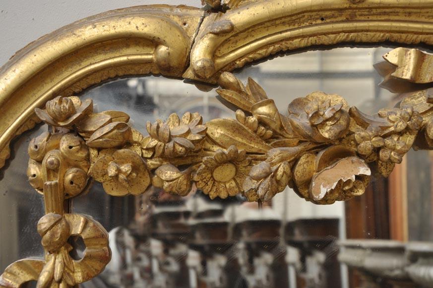 trumeau ancien de style louis xv sculpt de fleurs glaces miroirs et trumeaux. Black Bedroom Furniture Sets. Home Design Ideas